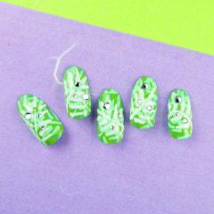 涼しげな夏の指先『ボタニカルグリーン』