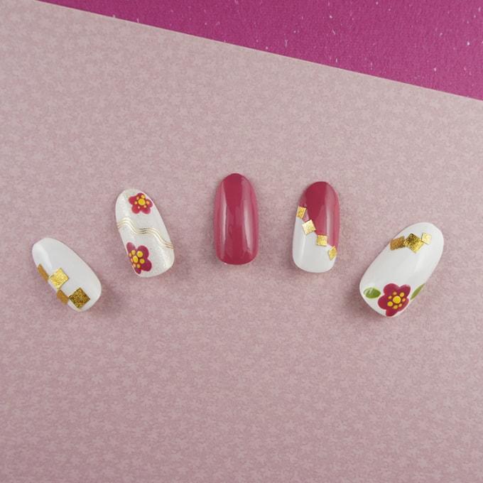 くすみピンクでレトロモダンに『梅の和ネイル』