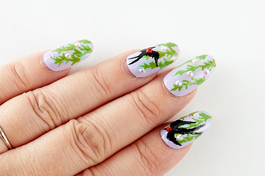 夏鳥を指先に 柳とツバメで初夏を感じるネイル
